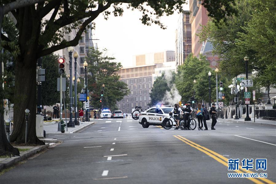 (国际)(1)白宫附近发生枪击事件 特朗普记者会被打断